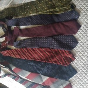 Multiple tie package. 511